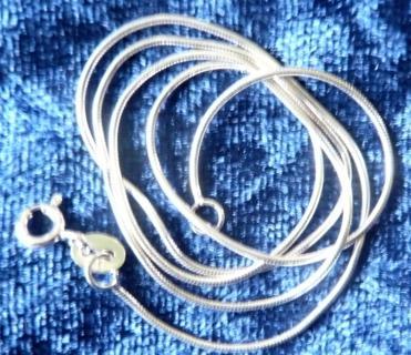 0.9mm-16-inch-snake-chain-bl