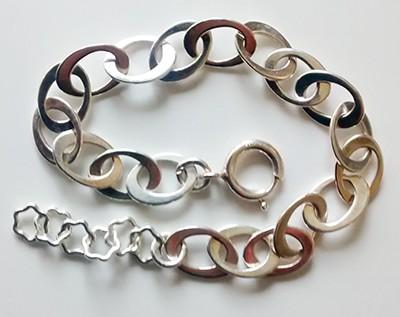 oval-flat-link-bracelet